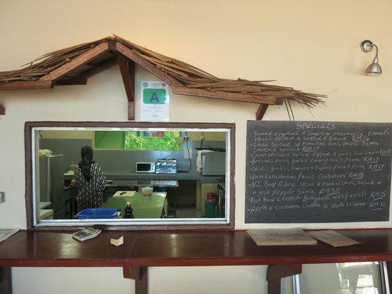 Scuba Junkie Restaurant: getlstd_property_photo