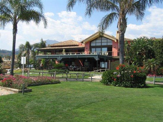 Los Arqueros Golf & Country Club
