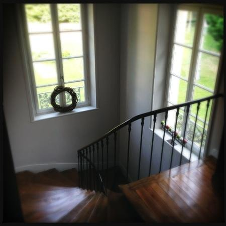 Le Petit Matin : Stairs