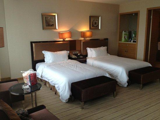 Easun Guotai Hotel : standard twin bed room