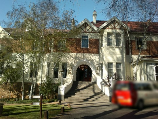 Main entrance picture of sunnyside park hotel for 32 princess of wales terrace parktown