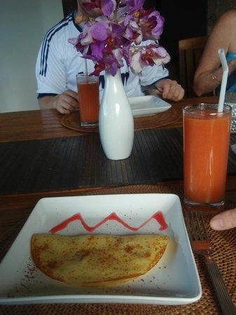 Zenubud: breakfast