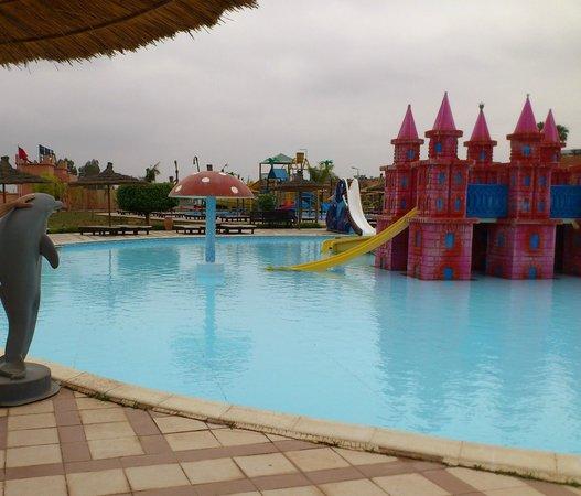 LABRANDA Aqua Fun Club marrakech: majorité des toboggants fermées fin mai! la hante