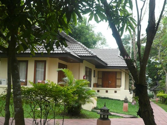 Suansawan Resort Chiang Mai: outside view