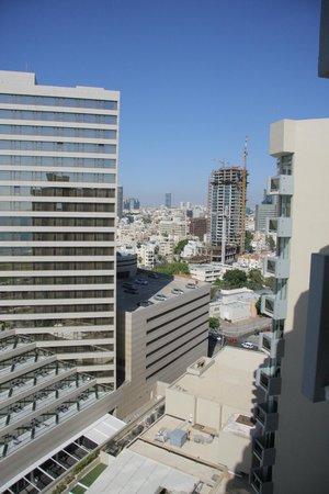 Dan Panorama Tel Aviv: Vista camera verso il centro citta'