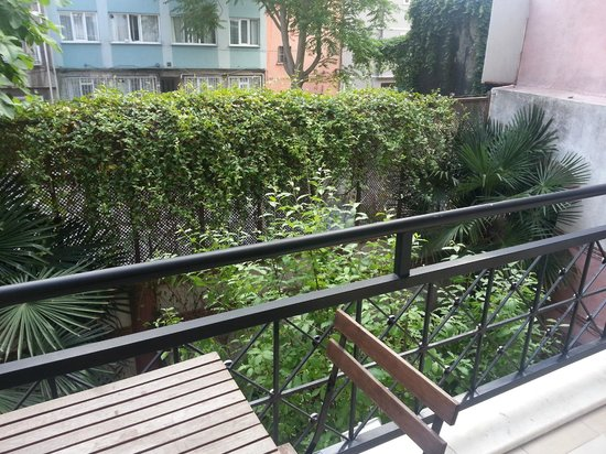 Istanbul Amedros Home: Deluxe Apt 1 -Balcony with private garden