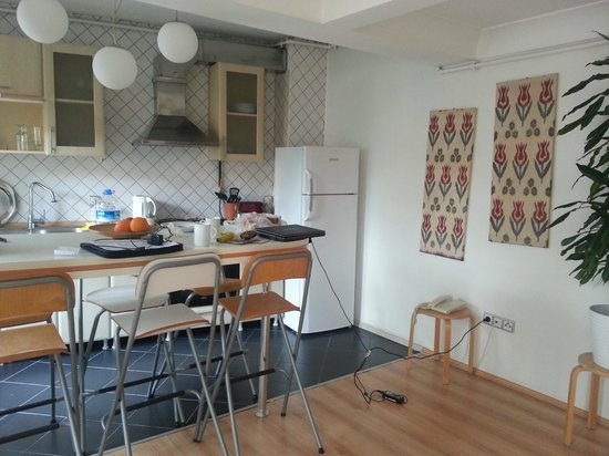 Istanbul Amedros Home: Apartment Kitchen