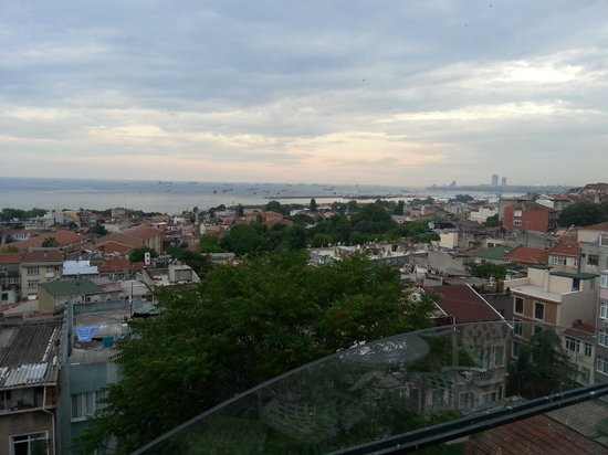 Istanbul Amedros Home: View from terrace