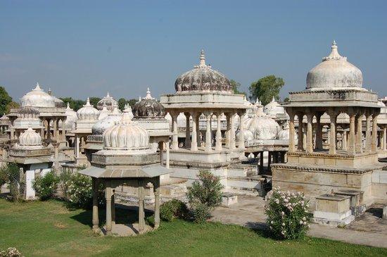 Ahar Cenotaphs: cúpulas