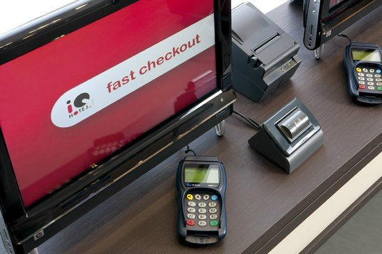 iQ Hotel Roma: Fast check-out station