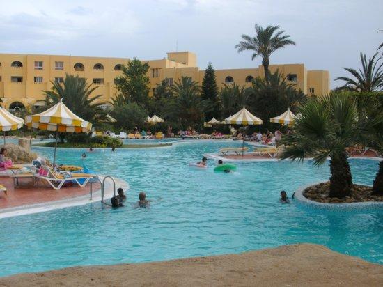Chich Khan hotel : piscine