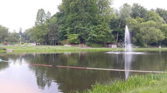 Deutsch-Französischer Garten: Another angle.