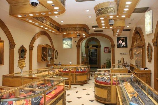 Magnum Jewelers