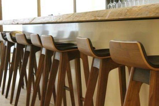 Cuvee Winebar/shop : Bar à Vin/Winebar