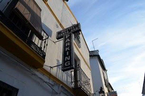 Santa Ana Hostal : 入口