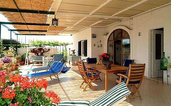 Maruzzella B&B: terrazza
