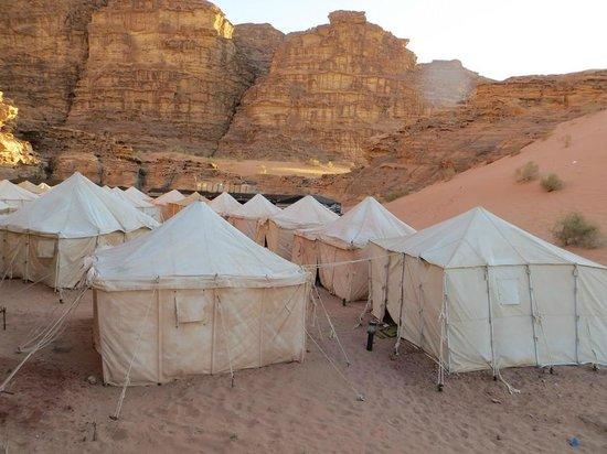 Rahayeb Desert Camp : Du sable partout