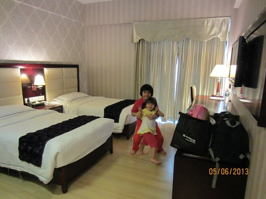 Pariss Hotel : Superior Twin Room