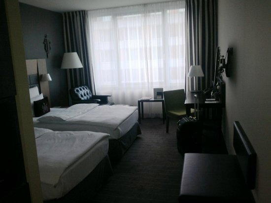 Movenpick Hotel Stuttgart Airport & Messe: my bedroom