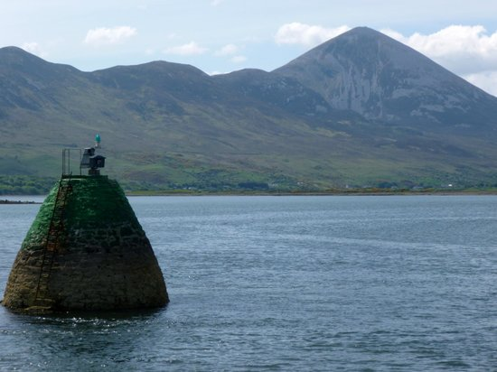 Clewbay Cruises : Croagh Patrick seen from the cruise boat on leaving Westport Harbour