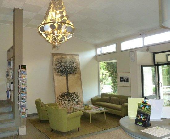 Hotel Terre di Casole: ein Teil der grosszügigen Lobby