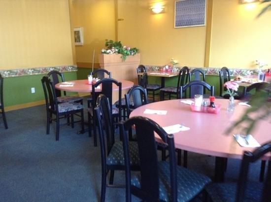 Starlake Restaurant: Add a caption