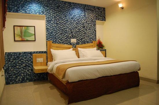 Hotel Abhay Palace