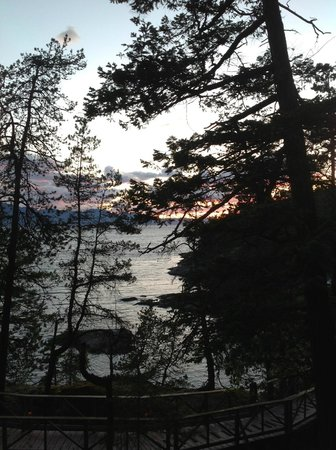 Rockwater Secret Cove Resort : Beautiful sunset from our deck