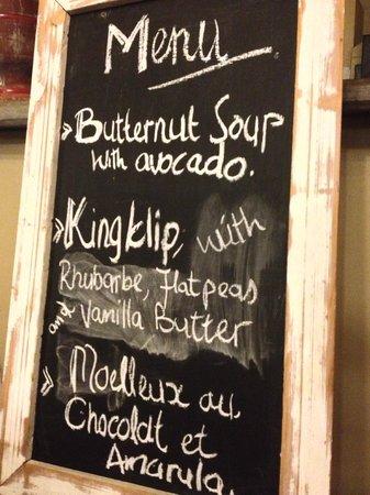 Londiningi Guesthouse: Exemple de menu
