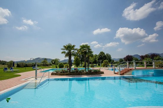Piscine termali leonardo da vinci abano terme 2018 all you need to know before you go with - Abano terme piscine notturne ...