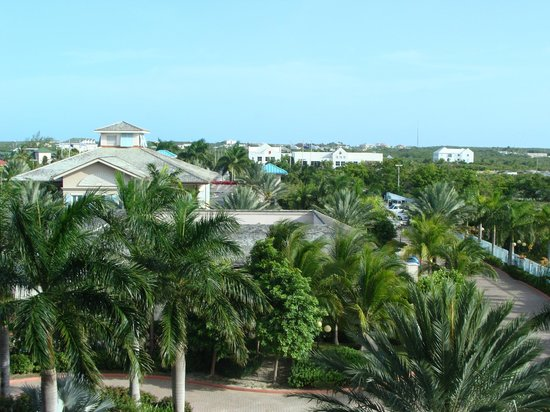 Seven Stars Resort & Spa : View from inside atrium of Providenciales, fourth floor