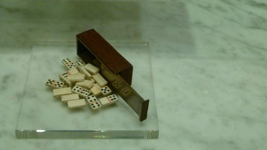 National Maritime Museum : bone and Wood Dominos, WOrk by PoWs, 19th Century, Europe