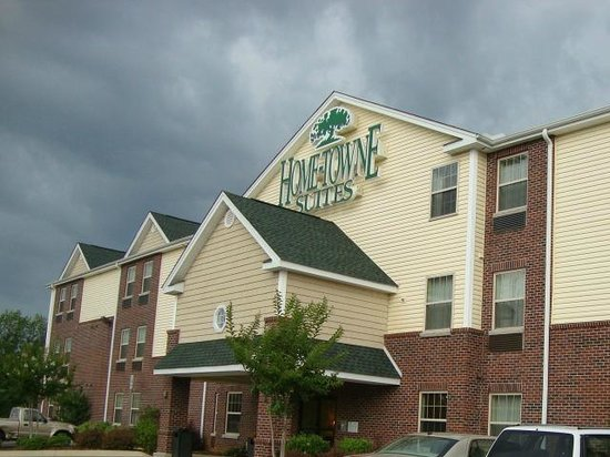 Tuscaloosa Extended Stay Hotel: Home-Towne Suites Tuscaloosa