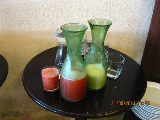 Dalat Green City Hotel: fresh strawberry juice and fresh Dalat milk.
