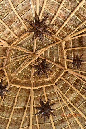 Bungalows Lydia: New Palapa ready for more weddings.