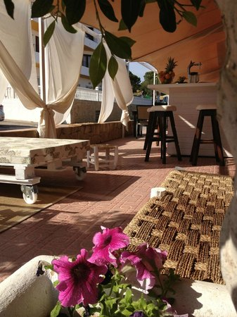 Lamia Cafe
