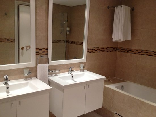 Skanes Family Resort: Oops, bathroom this time!