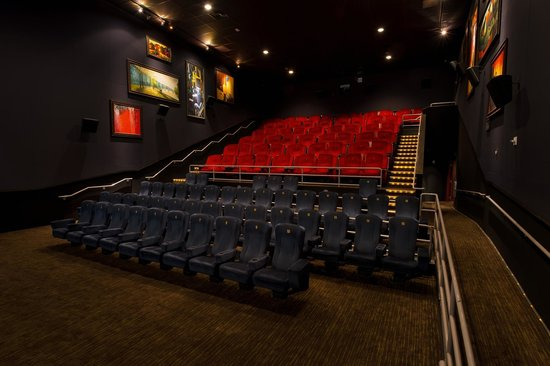 IPic Theaters Glendale