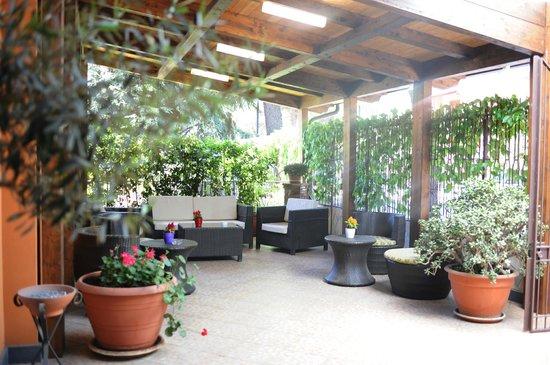 Hotel Alle Pendici Dell'Etna: GIARDINO D'INVERNO
