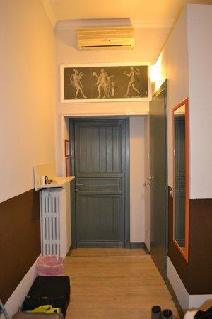 Colors Hotel : couloir de l'hotel