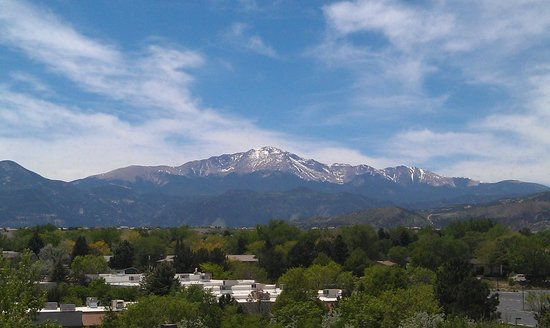 Hyatt Place Colorado Springs: Beautiful view of Pikes Peak!