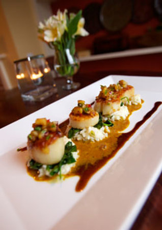 Melaza Bistro : Pan Seared Scallops