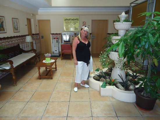Palm Court Apartments : in the foyer