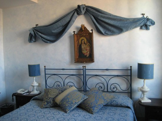 Palazzo dal Borgo Hotel Aprile: Room 63.