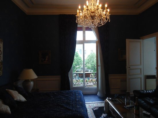 Grand Hotel Continental: lovely windows in our room