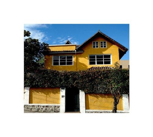 La casa amarilla 3 for Casa amarilla la serena
