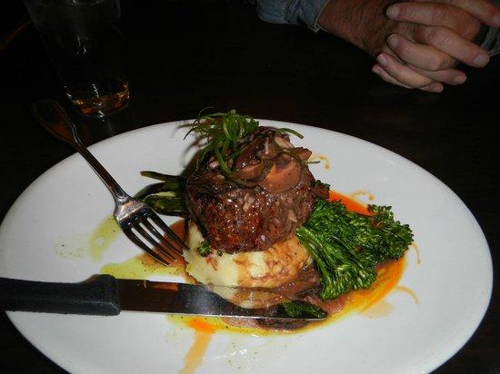 Craggy Range Bar & Grill: Steak