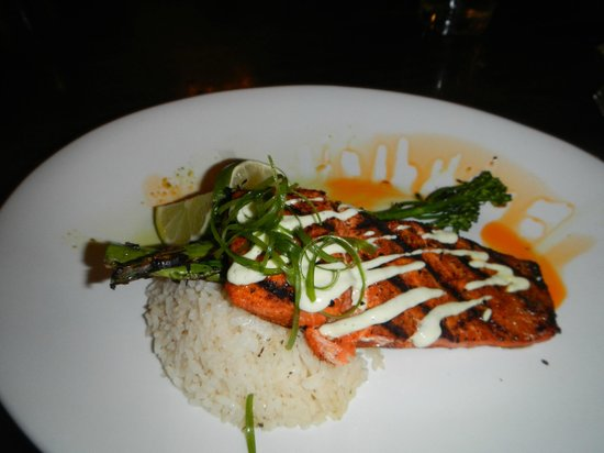 Craggy Range Bar & Grill : Salmon