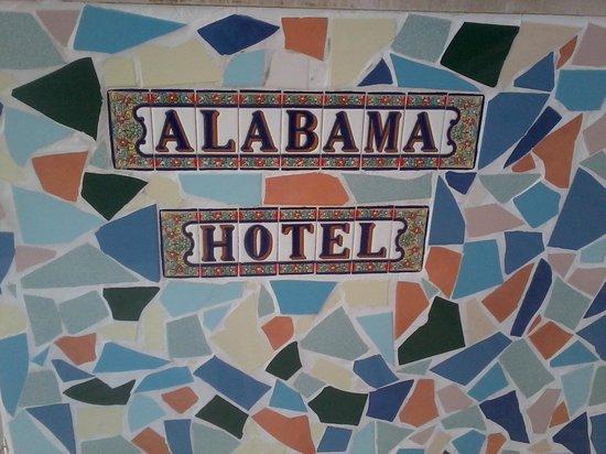 Hotel Alabama Rimini: fotografia insegna