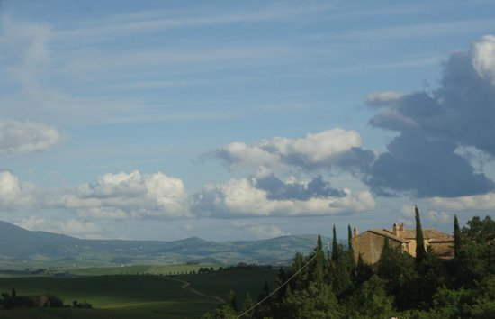 Agriturismo Cretaiole di Luciano Moricciani: The view of Cretaiole from Pienza